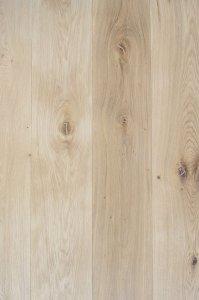 Dąb surowe drewno